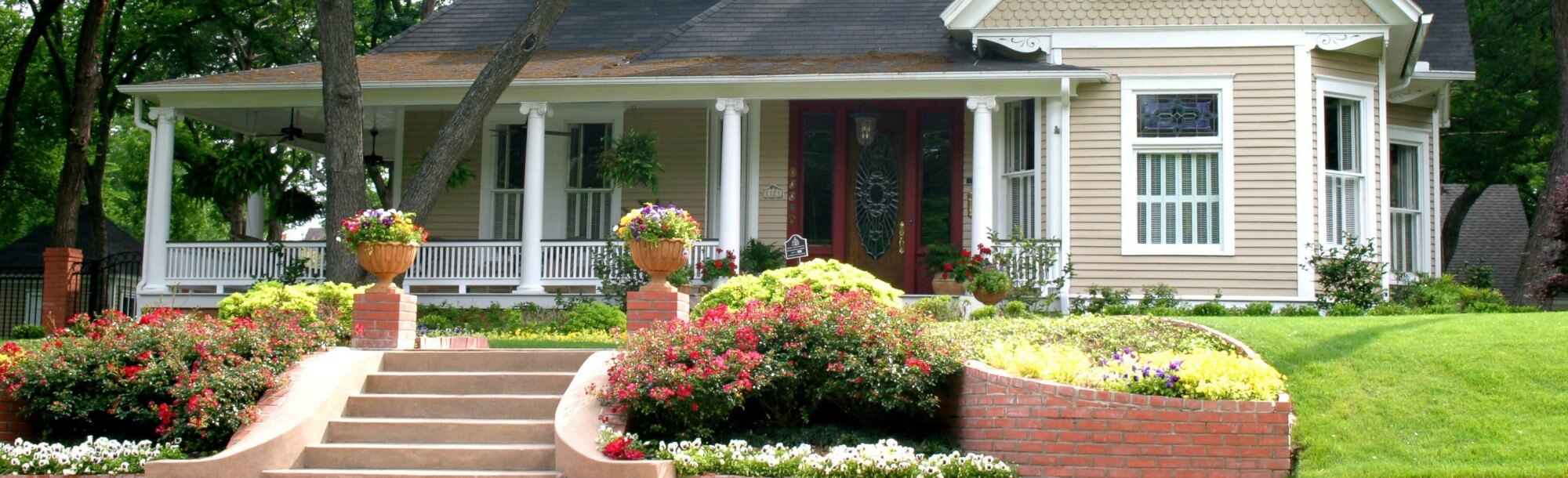 beautiful-exterior-home-e1446674558386